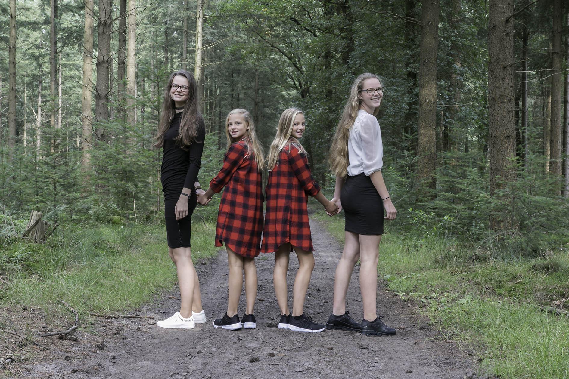 'zusjes' augustus 2017_20170816_3387kopie
