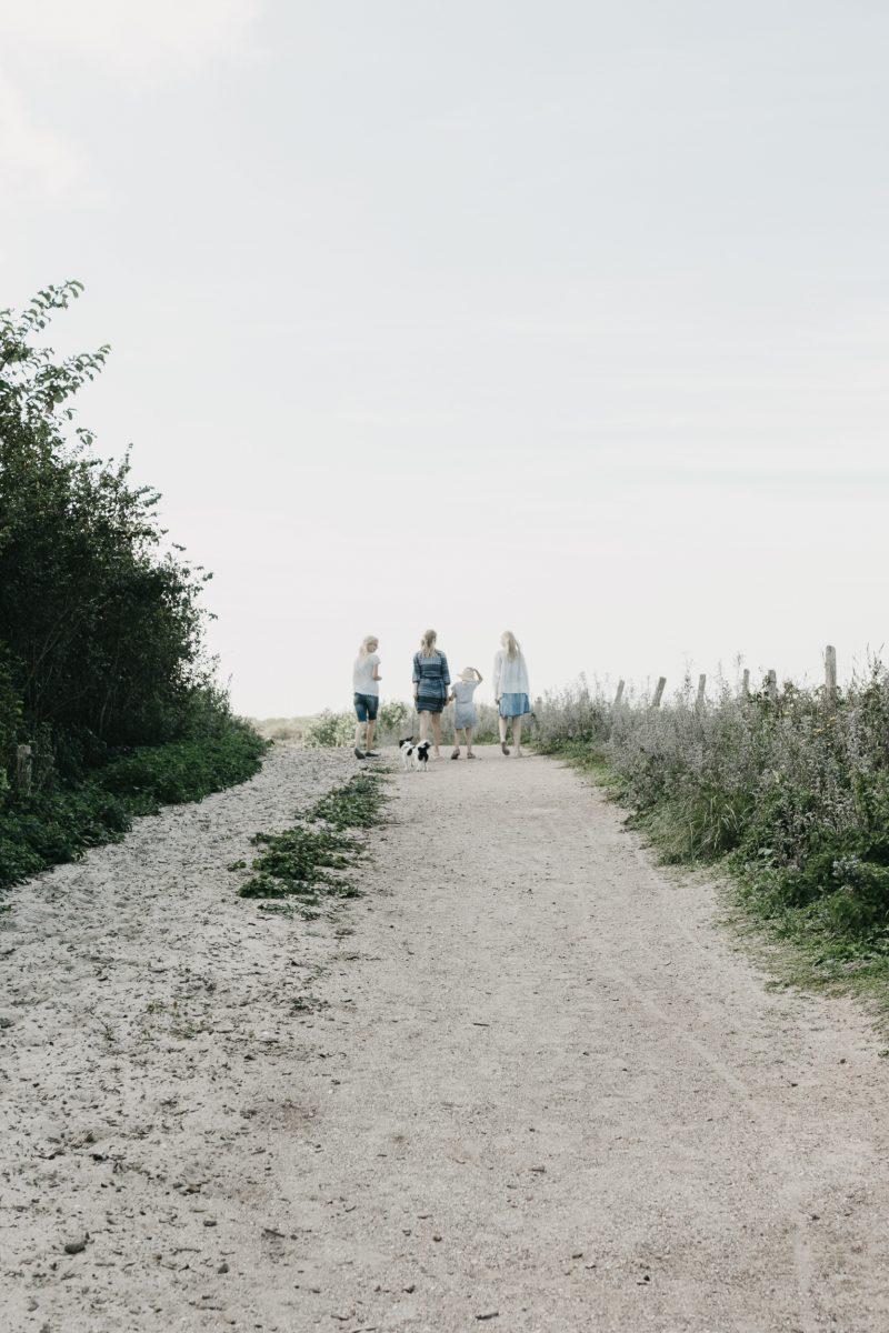 zusjes_on_the_beach_sept._2018_20180919_2672
